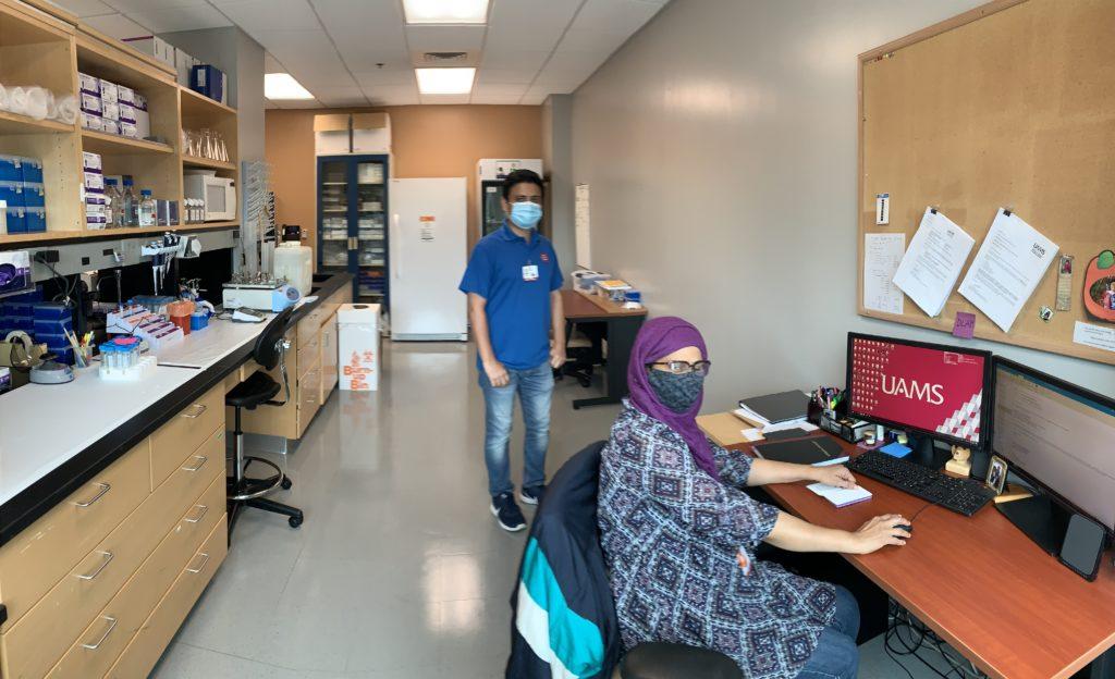 Lab members in the Delgado-Calle lab