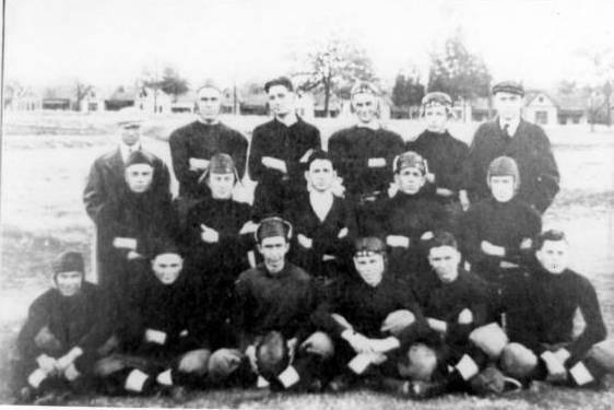 1915 Football Team
